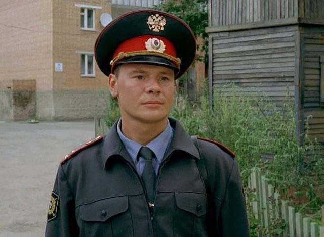 Владислав Галкин Владислав родился в актерской семье, поэтому его карьера в кино началась еще в детстве. В январе 2010 года Владислав был госпитализирован с обострившимся восполняем поджелудочной железы, в больнице актер провел две недели.