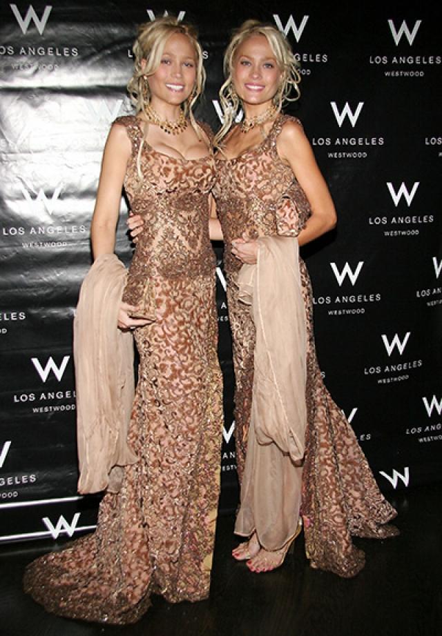 Чаще всего Хью видят на мероприятиях с сестрами-близняшками Кристиной и Кариссой Шеннон.