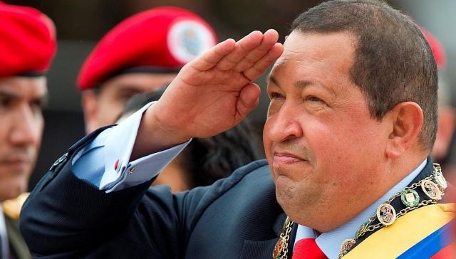 Президент Венесуэлы Уго Чавес обладает целым рядом странных привычек, среди которых – привычка опаздывать и ежеутреннее «оздоровительное» жевание листьев коки.