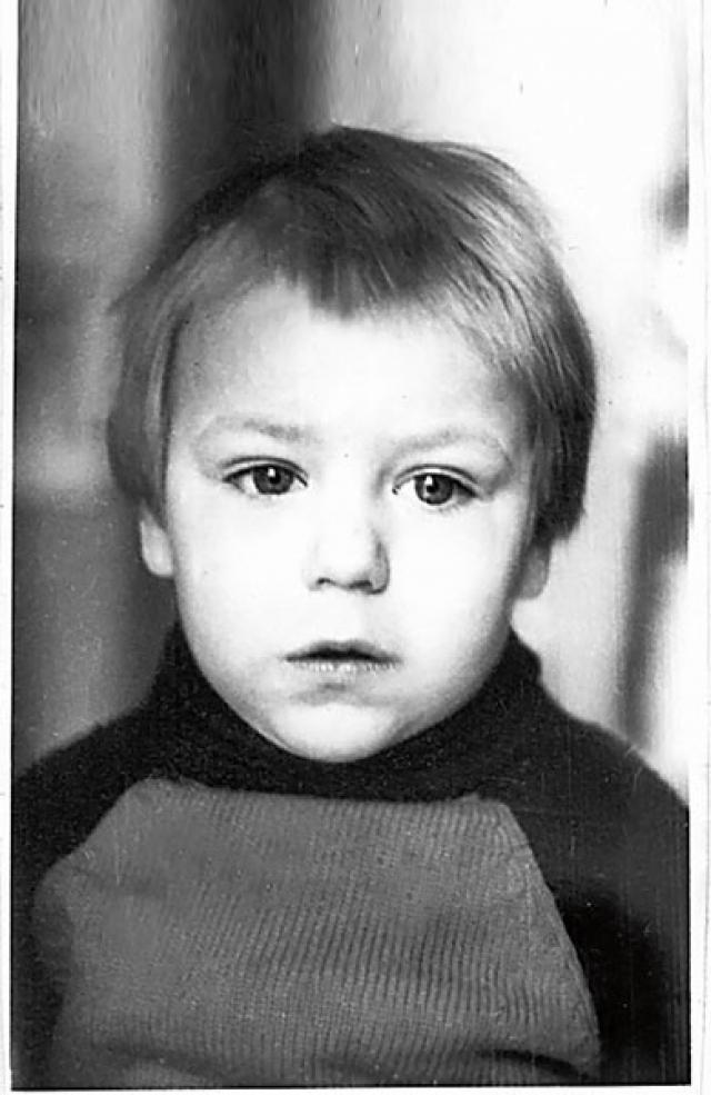 Дмитрий Дюжев .