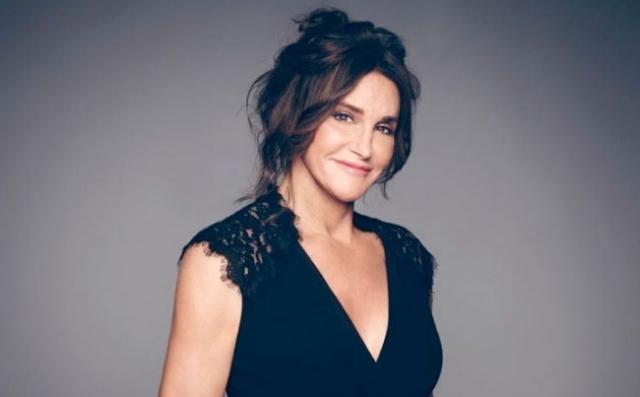 Кейтлин Дженнер. Обложка Vanity Fair с красующейся на ней Кейтлин Дженнер, известной ранее как Брюс Дженнер, ошеломила всю мировую общественность, интересующуюся модой.
