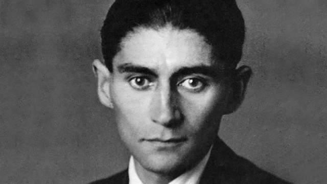 Франц Кафка. Писатель запомнился многим как молодой юноша с темными глазами с трагическим выражением в них.