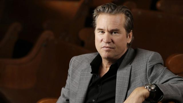 Вэл Килмер. Актер долгое время борется с раком горла.