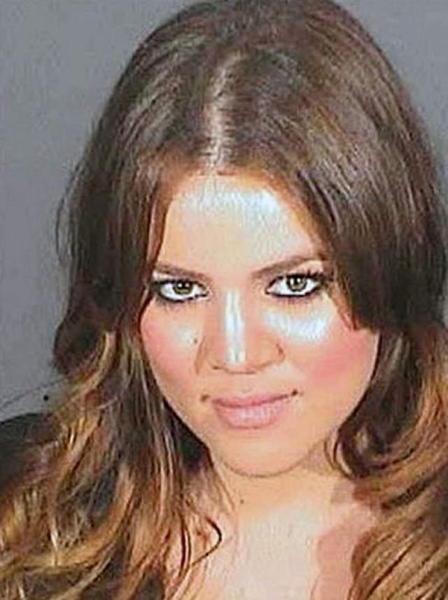 Хлои Кардашьян. Телезвезда была арестована в Лос-Анджелесе в 2007 году за вождение в нетрезвом виде.
