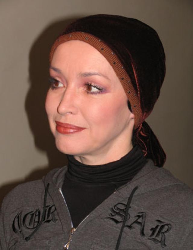 Весь декабрь 2009 года и половину января 2010 года Самохина провела в клинике на Фонтанке. Болезнь развивалась стремительно. Отправить актрису на лечение за границу родные не успели.8 февраля 2010 года в 2 часа ночи Анна Самохина скончалась.
