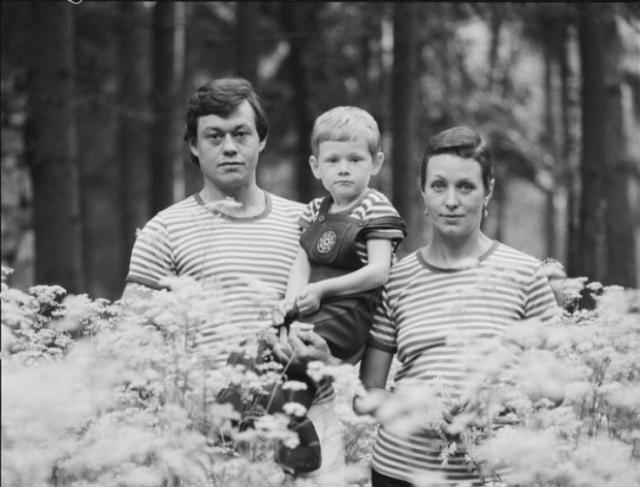 Андрей Караченцев не пошел по стопам своих родителей-актеров, а решил стать адвокатом.