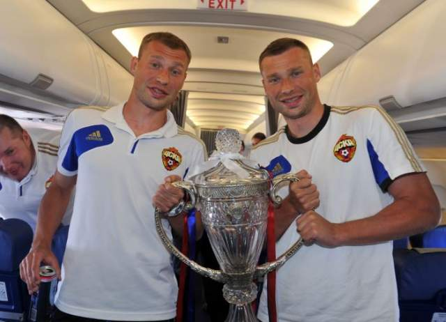 Оба брата тихо завершили карьеру в 2018 году, в одно и то же время ушли из сборной России, не приняв участие в кубке мира.