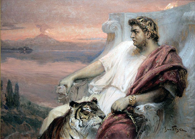"""Эта выходка повлекла за собой гонения на христиан, которых """"назначили"""" виновниками. Их распинали и отбирали имущество почти сто лет, пока очередной римский император - Юстиниан не реабилитировал последователей веры в Христа."""