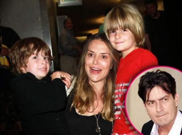 Брук подала в суд, который постановил, что Шин лишен родительских прав на их двух сыновей и ему нельзя приближаться к ним на расстояние менее ста метров.