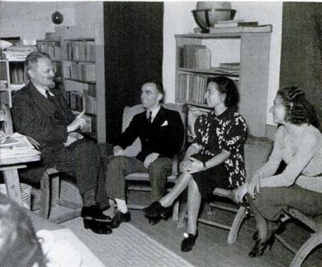 С января 1940 года девушка также начала работать в секретариате Троцкого.