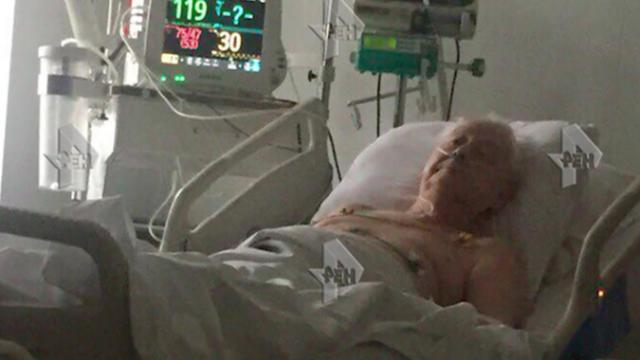 Телеканал Рен-ТВ получил фото Табакова из больницы, которое выглядит весьма неутешительно.