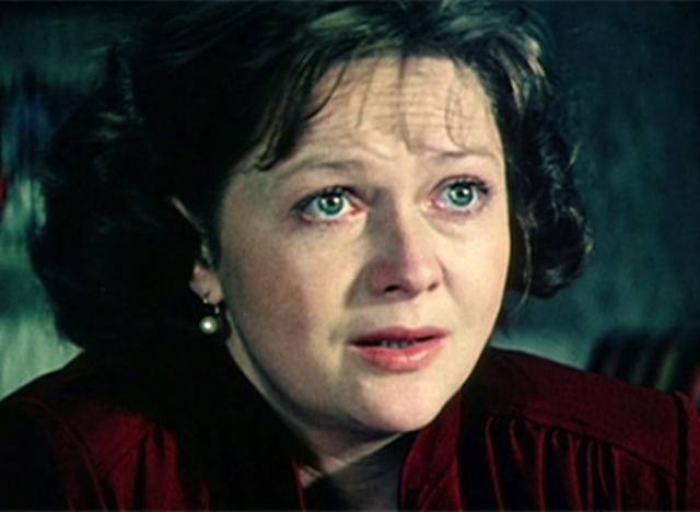 Наталья Георгиевна довольно долго говорила, что театр заменяет ей детей, скрывая истинные эмоции.