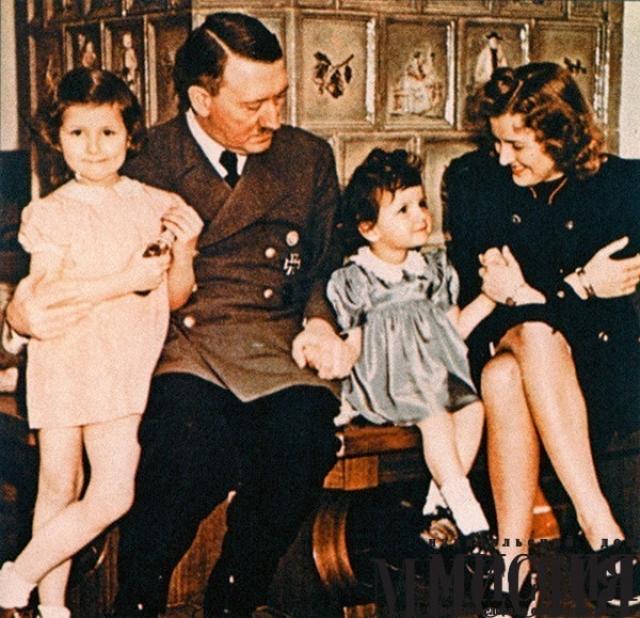 Тринадцать лет с Гитлером прошли для нее в комфорте, но практически в полнейшей изоляции. Ева серьезно увлекалась цветной фотографией и киносъемкой, и многие известные сейчас цветные кадры Гитлера (особенно в неофициальной обстановке) сделаны ею.