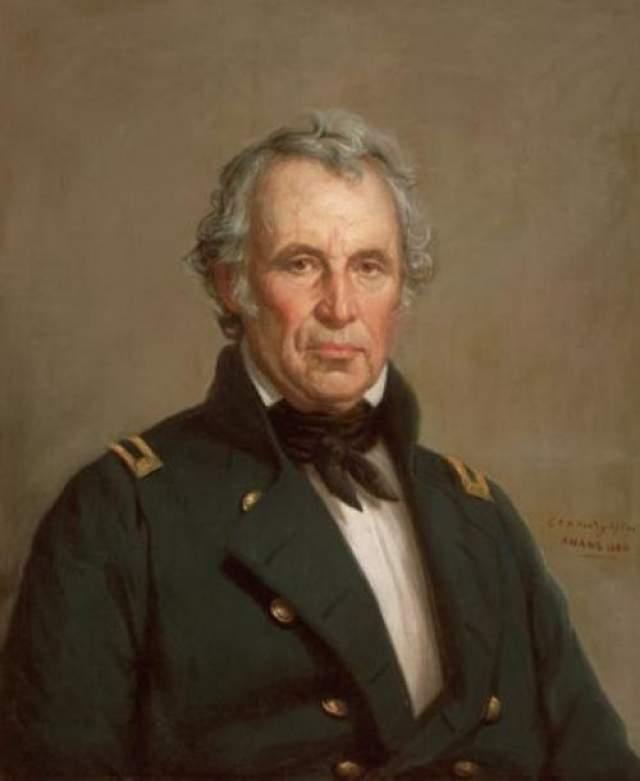 После официальной церемонии в особо жаркий день 4 июля 1850 года президент съел слишком много мороженного. В результате он заболел несварением желудка и скончался пять дней спустя, пробыв на посту всего лишь 16 месяцев.