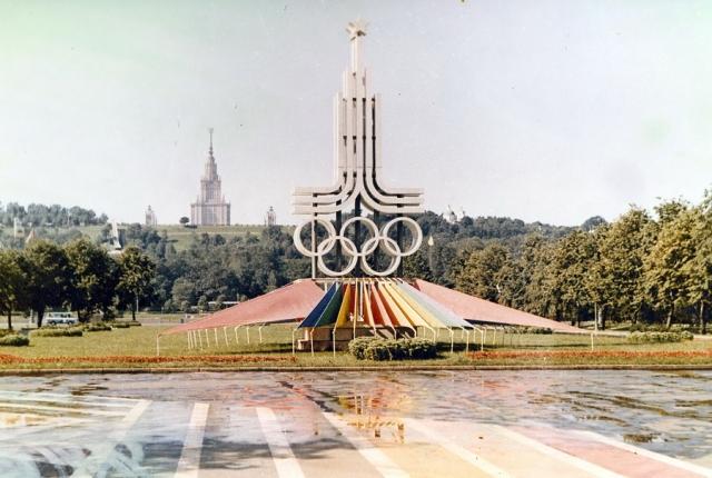 Эмблема и плагиат. Вокруг олимпийской символики бушевали настоящие страсти.