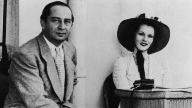 Жа-Жа Габор (9 браков). Первым мужем кинодивы стал министр иностранных дел Турции Бурхан Бельге. Молодые не смогли ужиться друг с другом и через 4 года подали на развод.