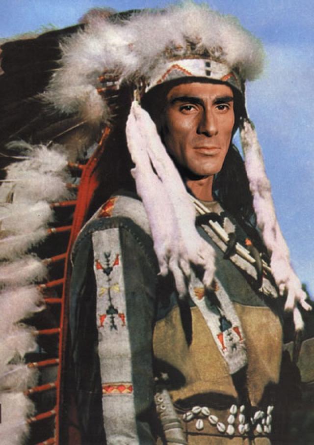 """В 1964 году в Югославию приехал чехословацкий режиссер Йозеф Мах, чтобы снимать здесь """"Сыновей Большой Медведицы"""". Именно он и утвердил """"парня из массовки"""" на главную роль."""