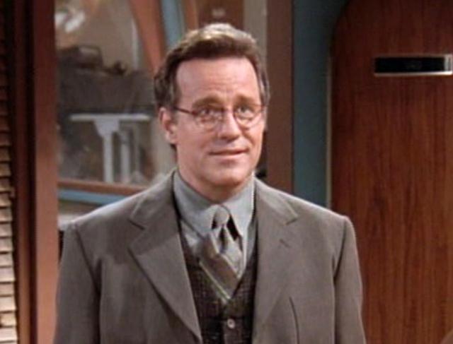 """Фил Хартман. Американский актер, чьим голосом разговаривало несколько персонажей """"Симпсонов"""", был женат трижды - его третьей супругой стала Бринн Хартман, покончившая с собой, правда, уже после смерти самого актера..."""