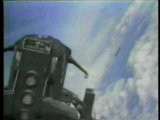 """Например, в 1984 году в Туркестанском военном округе, в районе Астрахани система ПВО засекла объект, летевший на высоте около 2000 м вдоль побережья Каспия в сторону границы с Ираном. По форме объект напоминал шар. На запросы """"свой-чужой"""" не отвечал. Когда объект обстреляли, он снизился до сотни метров над землей, а на такой высоте самолеты поразить цель не могли."""