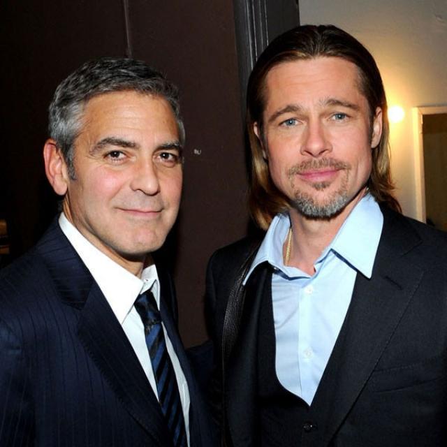 Кстати, Питт от подобной дружбы иногда страдает, поскольку Клуни постоянно подшучивает над приятелем, причем не всегда безобидно.