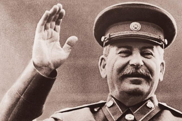 Иосиф Сталин. Советский вождь боялся быть отравленным, летать на самолете и ложиться спать.