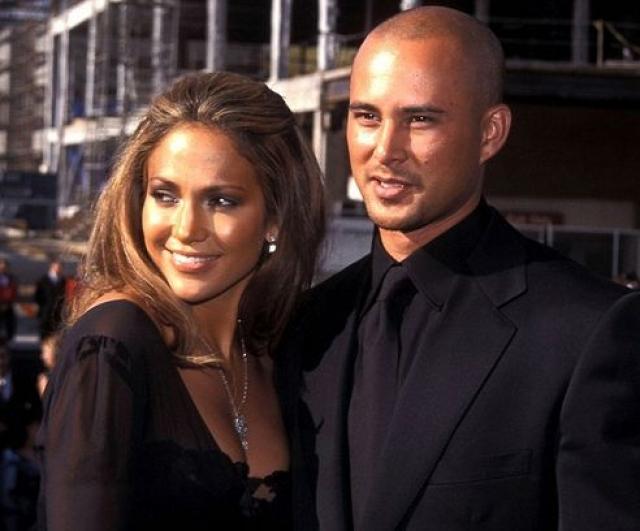 Дженнифер Лопес. В 2001 году певица вышла замуж за танцора Криса Джадда, который, конечно же не пожелал составлять брачный контракт.