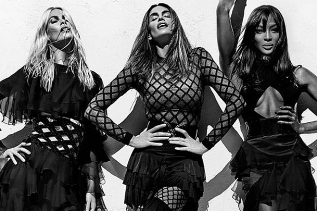 Весной 2016 года Синди Кроуфорд совместно с Клаудией Шиффер и Наоми Кемпбелл снялась в фотосессии для модного дома Balmain.