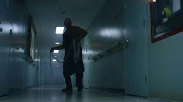 """""""Не вижу зла 2"""" . Финал, в котором многим кажется, что главному герою удалось сбежать от восставшего из мертвых монстра, оказывается не таким предсказуемым."""
