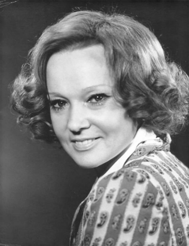 По словам актрисы, этот период забвения длился 10 лет. После этого в 1960-х и начале 1970-х годов актриса была малозаметна, даже продолжая регулярно сниматься.