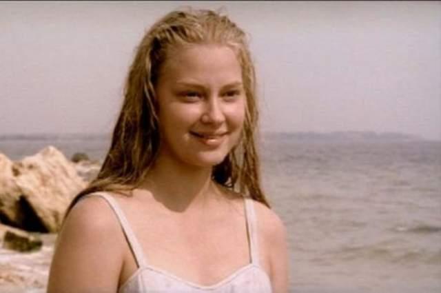 Светлана Ходченкова на заре карьеры была совсем не той изящной блондинкой, которой мы привыкли ее видеть.