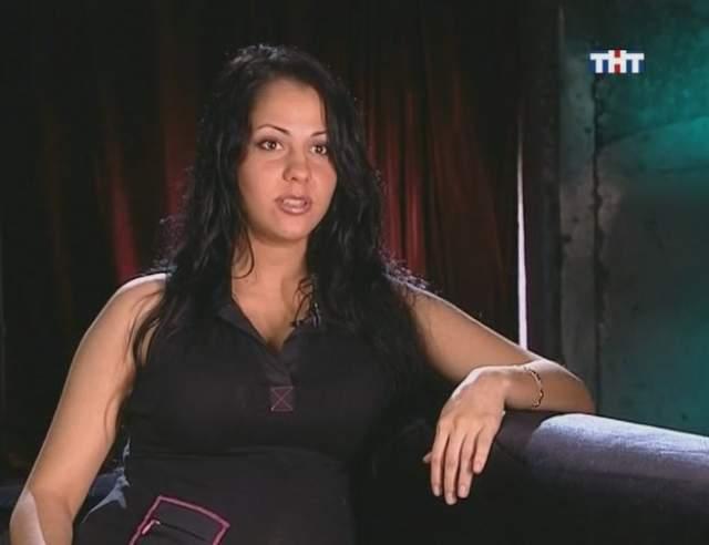Елена Беркова, 33 года. В 2011 году суд приговорил ее к трем годам условно за хранение наркотиков. Тогда порноактриса призналась, что приобретала амфетамин для себя и просила об особом порядке рассмотрения дела.