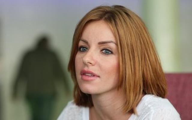 Юлия Волкова на свое 27-летие решила удивить гостей новым образом.