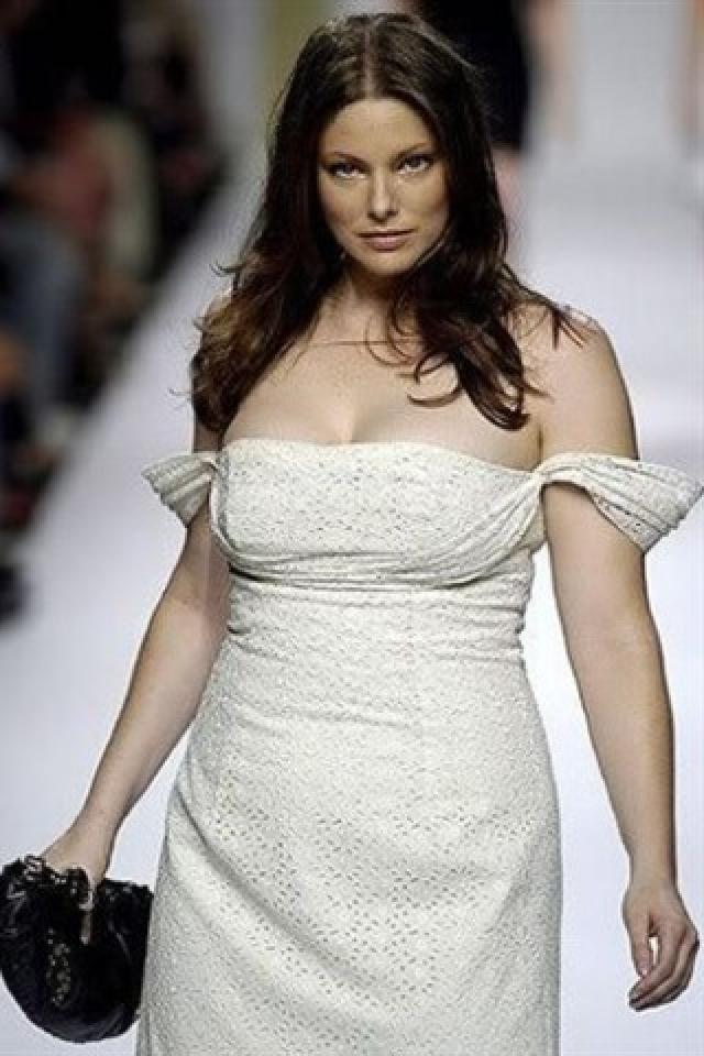 С тех пор она появилась в съемках американского и французского Vogue и в рекламной кампании Gucci.