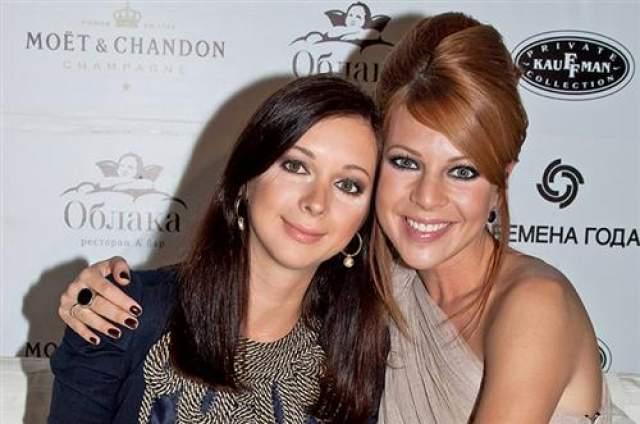 Наталья Подольская восемь лет назад вышла замуж за музыканта Владимира Преснякова, а три года назад родила ему сына.