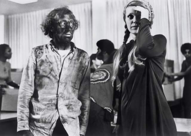 Со своей второй супругой, актрисой Луизой Лассер, Вуди Аллен прожил в браке три года, с 1966 по 1969. После этого он на долгие годы завязал с браком.