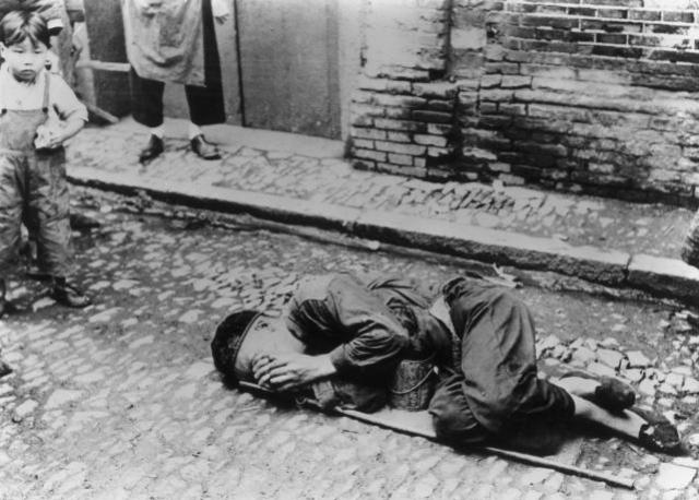 """Этот период китайцы называют """"Тремя горькими годами"""", и это был самый массовый голодомор в истории человеческой цивилизации."""