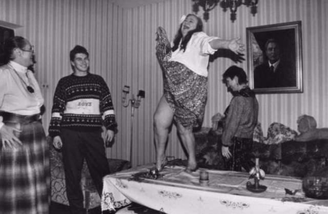 Галина Брежнева. Дочь генсека отличалась большой любовью к застольям, праздникам и алкогольным возлияниям .