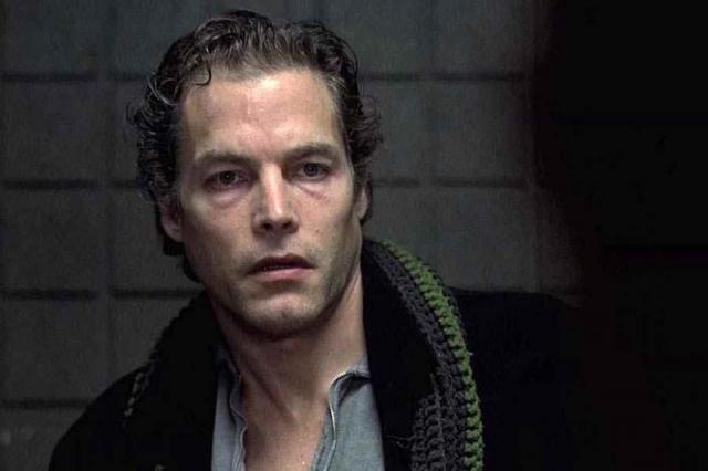 31 марта, в первом часу ночи, при съемке одной из финальных сцен, где в главного героя стреляют из пистолета, Брэндон был ранен в живот. Стрелял из револьвера 44 калибра актер Майкл Масси, который играл одного из злодеев.
