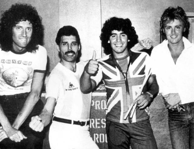 """""""Queen"""" и Диего Марадона."""