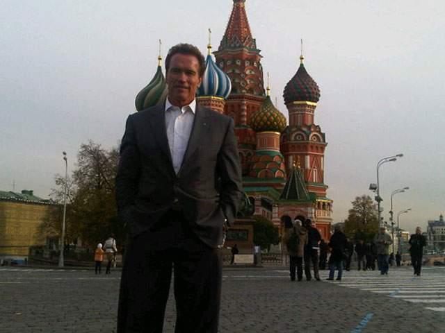 """""""...Один из моих лучших фильмов - """"Красная жара"""" - мы тоже сделали в Москве: как я могу не любить этот город? Да и любовь публики огромна, я у вас просто как дома""""."""