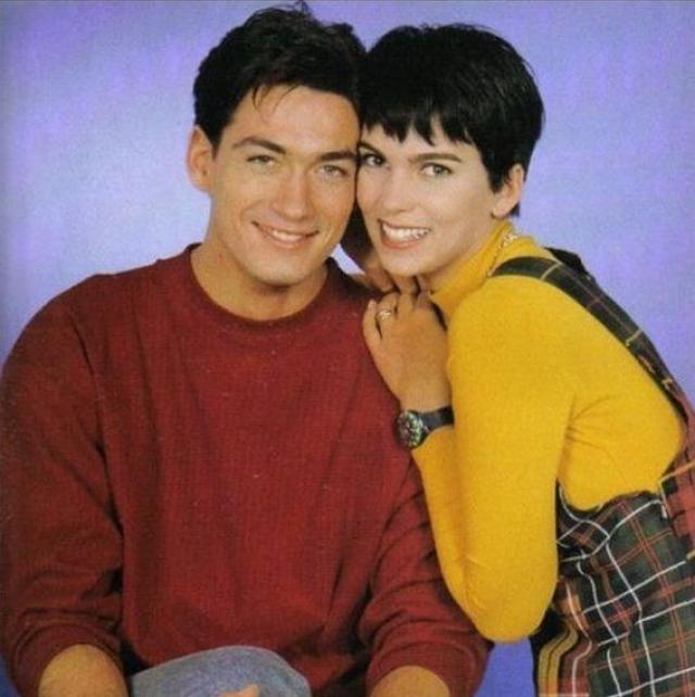 Кстати, Кати была замужем и за своим коллегой по сериалу Давидом Пру, у них двое общих детей (дочь Алис и сын Маттис).