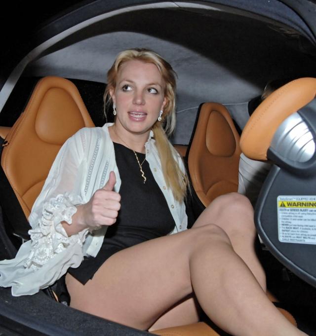 Бритни и ее компаньонка Пэрис Хилтон неоднократно теряли предметы интимного гардероба.