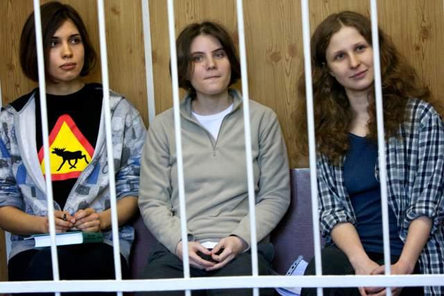 """В России они получили... тюремный срок, как мы знаем. Ну и еще в 2012-м премию от журнала """"Сноб"""" - """"Сделано в России"""" - за победу в номинации """"Арт-проект""""."""