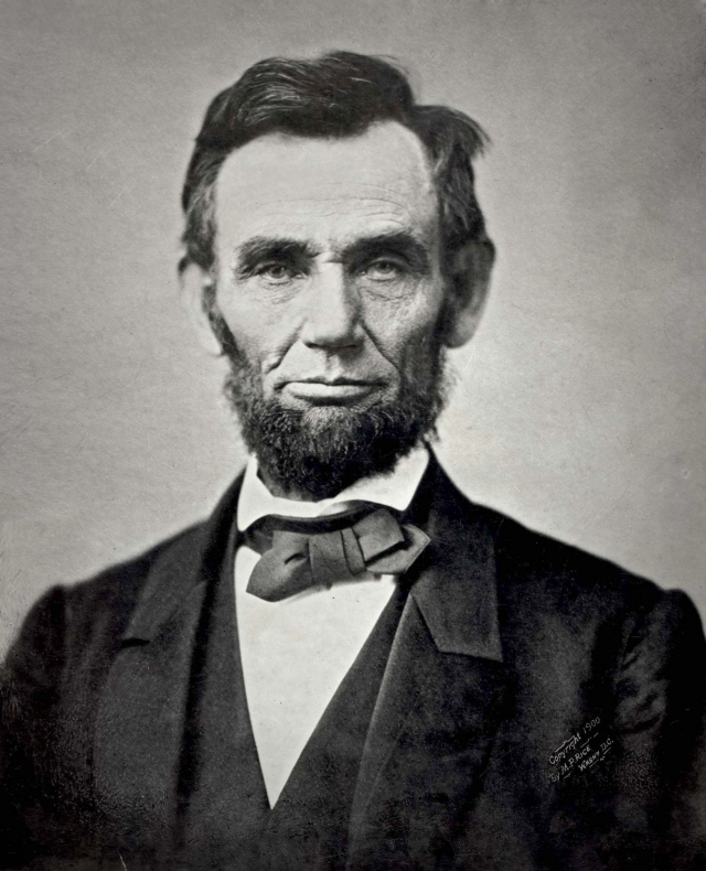 """Авраам Линкольн. Спустя 11 лет после захоронения праха американского президента хозяин таверны """"Большой Джим"""" Джеймс Кенналли решил украсть останки национального героя."""