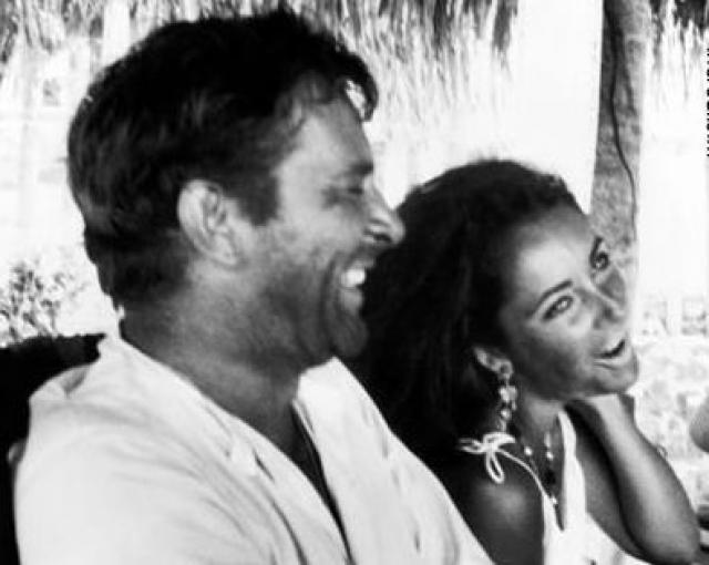 После публикации фото, на которых они проводят романтические выходные на частной яхте, разразился большой скандал.
