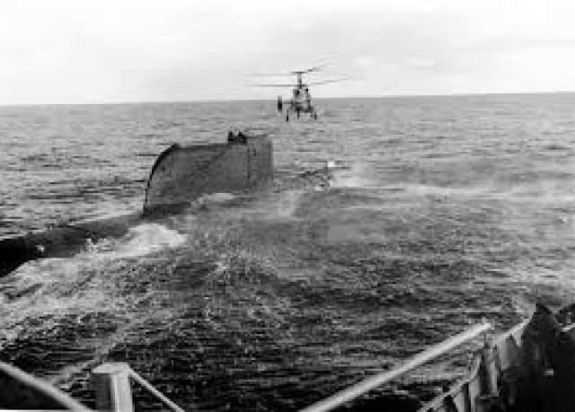 Первый советский ракетоносец на атомном реакторе К-19 в 1961 году отправился в Северную Атлантику для осуществления учебных стрельбищ. Однако вблизи Норвегии на борту возникла чрезвычайная ситуация. Системы охлаждения реактора вышли из строя.