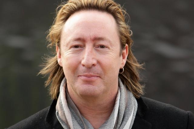 Эту песню Пол Маккартни написал сыну Джона, Джулиану, накануне развода его родителей. Джулиан Леннон купил ноты песни на аукционе в 1995-м году за 25 000 фунтов стерлингов.