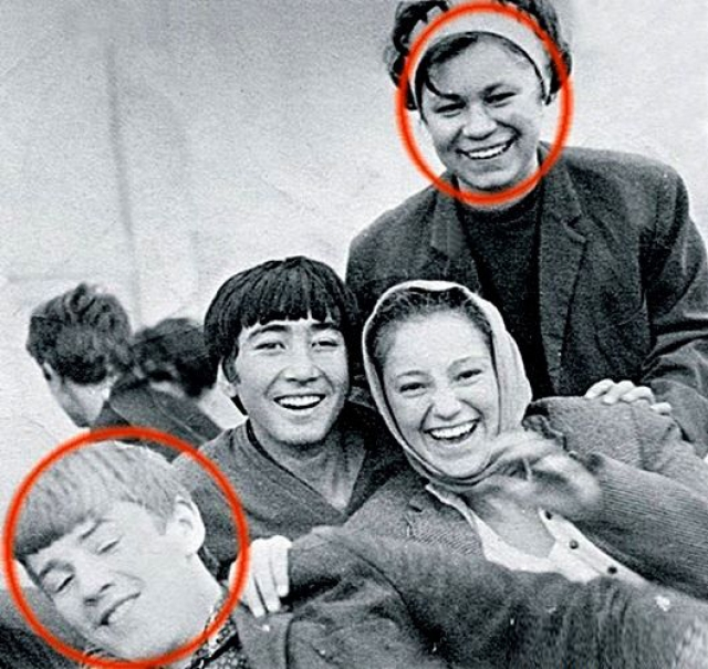 Александр Абдулов. Первой настоящей любовью актер считал чувство, настигшее его еще в 14 лет - одноклассницу Наталью Несмеянову. Симпатия оказалась взаимной, хотя влюбленные и ссорились.