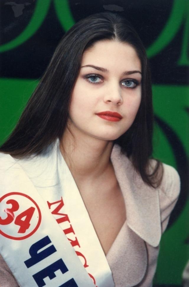 16 сентября 2000 в Чебоксарах Александру убил выстрел в голову. Через два дня ее ожидало 20-летие и престижное предложение от международного модельного агентства Ford Model.