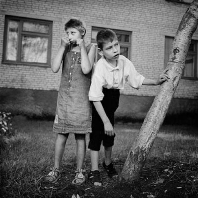В настоящее время в Чернобыльском районе проживают 2,3 миллиона человек. В зоне усиленного радиационного контроля - почти 1,6 миллиона.